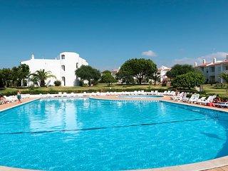 2 bedroom Apartment in Alporchinhos, Faro, Portugal : ref 5681308