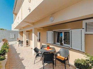 1 bedroom Apartment in Povljana, Zadarska Županija, Croatia : ref 5521519