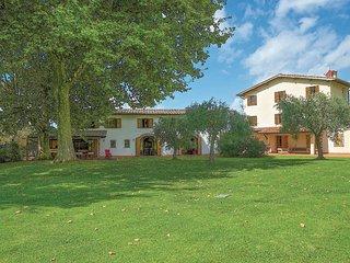 4 bedroom Villa in Pozzodonico, Tuscany, Italy : ref 5689137