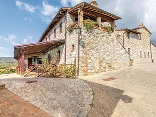 2 bedroom Apartment in Canonica, Umbria, Italy : ref 5566969