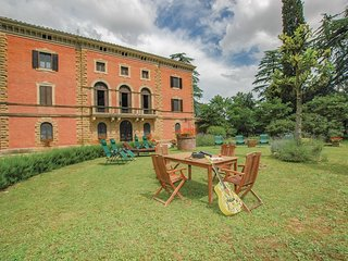 3 bedroom Apartment in Acquaviva, Tuscany, Italy : ref 5689175