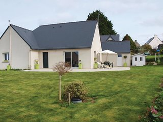 3 bedroom Villa in Trelevern, Brittany, France - 5521982