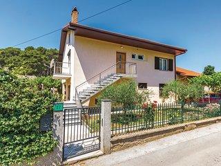 2 bedroom Apartment in Pula, Istarska Županija, Croatia - 5520601