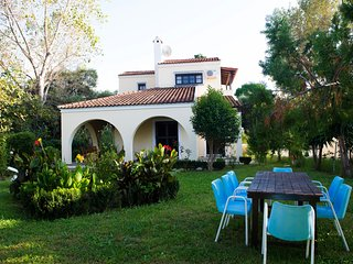 Lovely 3 bedroom villa very close to the beach and the center of Acharavi