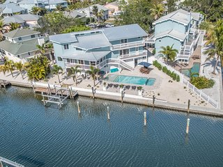 DRAGONFY HARBOUR - Authentic Anna Maria with a Splash of Adventure