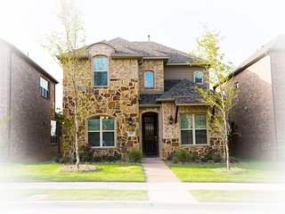Home in Irving / LasColinas near DFW airport - Dominion Estates