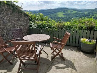 Cosy self catering cottage with panoramic views