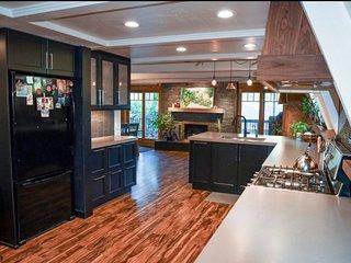 Charming Home With Indoor Sauna!