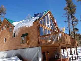 Royal View House Mountain Getaway
