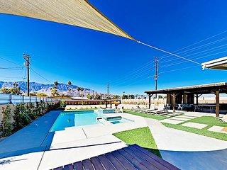 3BR Mid-Century Modern w/ Backyard Pool Oasis