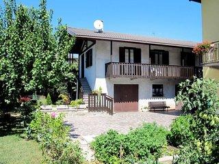 2 bedroom Villa in Calceranica al Lago, Trentino-Alto Adige, Italy - 5638600