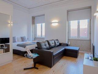 Liiiving in Porto | Miguel Bombarda Apartment I