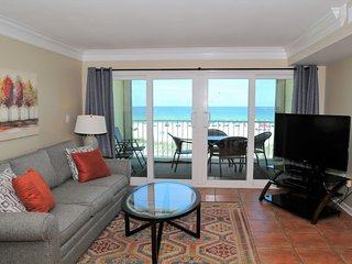 Castaways 2C ~ Direct Gulf Front Balcony, Right on the Beach ~ Prime Location ~