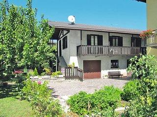 2 bedroom Villa in Calceranica al Lago, Trentino-Alto Adige, Italy - 5440674