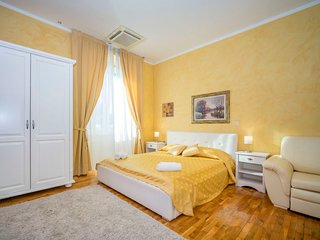 1 bedroom Apartment with Air Con, WiFi and Walk to Beach & Shops - 5689311