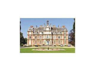 1 bedroom Apartment in Seine-et-Marne, Arrondissement de Meaux, France : ref 567