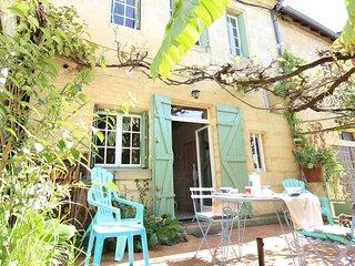 Maison de pierre charme confort espace + patio près rivière lac BERGERAC-SARLAT