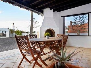 Sandy Shores ist ein wunderschönes großes Haus im ruhigen Lajares, gesamte Finca