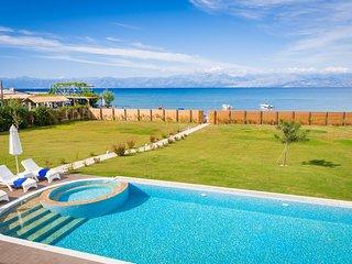 Luxury Villa Hera - Beachfront