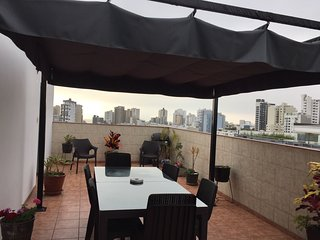 Penthouse Rooftop Private Terrace bi-level condo