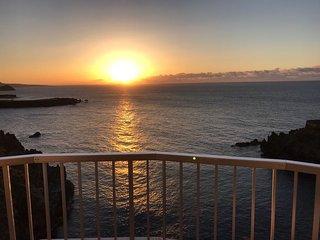 Estudio con vistas espectaculares sobre la costa norte de Tenerife.