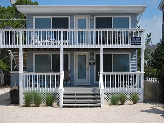 ~LBI~ / Brant Beach, ~NJ~ - Oceanside - 5 Houses from Beach