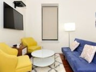 (9029) Luxurious Doorman 2 Bedroom Apt 5 minutes from Times Square
