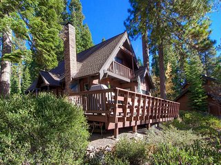 4 Bedrooms Home in Tahoe Vista