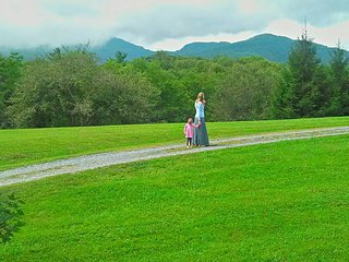 Grandfather Studio near Blowing Rock! Just off the Blue Ridge Parkway!