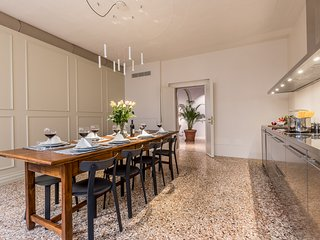 Sartor Venetian Design Apartment