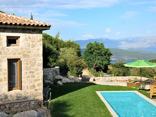 Villa Nefeli-private pool and garden, ideal destination for relaxation &calmness