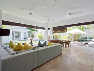 Perfect for Family / Group | CANGGU VILLA MEIMEI