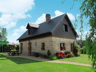 3 bedroom Villa in Bec-de-Mortagne, Normandy, France : ref 5441922