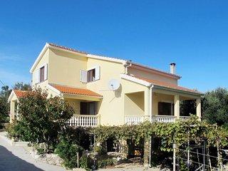 4 bedroom Apartment in Ćosino, Zadarska Županija, Croatia - 5638820
