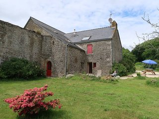 2 bedroom Villa in Ploumoguer, Brittany, France : ref 5438330