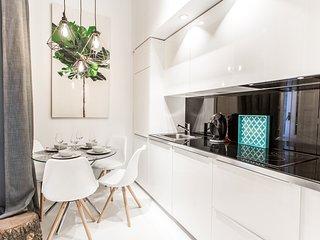 (Belen) Modern & luxury space near Plza.Mayor