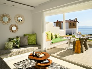 Junior Suite | Sea View [Villa D'Oro]