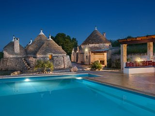 Spectacular Trullo set in olive grove, Private 10m x 5m fenced pool, Pizza Oven