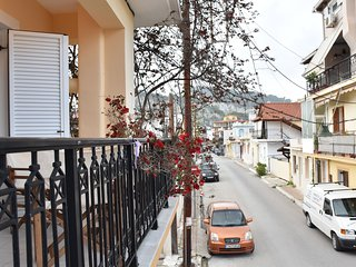 Athina's 3 bedroom maisonette