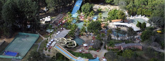 Park Lagoa Quente ao lado do Condomínio