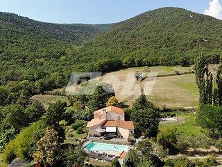 La Casa del gat villa piscine privative chauffée 2 à 12 pers, grand jardin calme