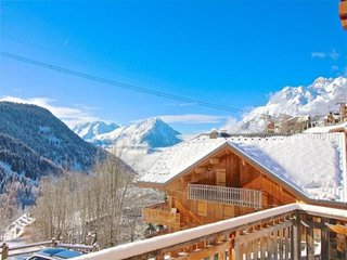 Chalet Opal - wonderful 5 bedroom chalet near ski lift in Vaujany sleeps 10