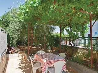 2 bedroom Apartment in Pula, Istria, Croatia : ref 5564631
