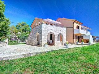 1 bedroom Apartment in Rakalj, Istria, Croatia : ref 5624427