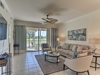 NEW! Lovely Fort Myers Resort Condo on Golf Course