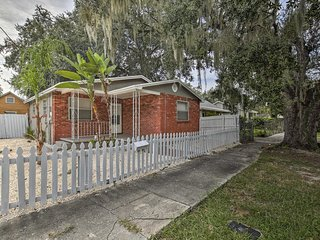 NEW! Quaint Tampa Home w/Yard-5 Mins From Downtown