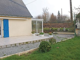 4 bedroom Villa in Saint-Aignan, Brittany, France : ref 5538899