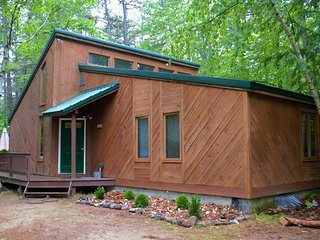 Lakes Region / White Mountains Cabin *New Hampshire* Book now for Winter!