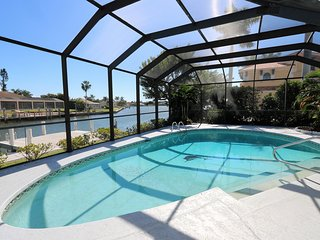 Tennis Anyone? Private tennis court, Heated pool, Huge dock, Gorgeous views