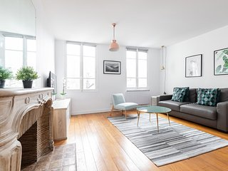 03. CHARMING 1BR FLAT BY LATIN QUARTER - LUXEMBOURG GARDENS